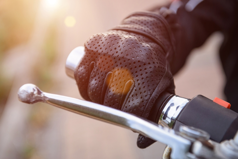What to Look for in Motorbike Gloves