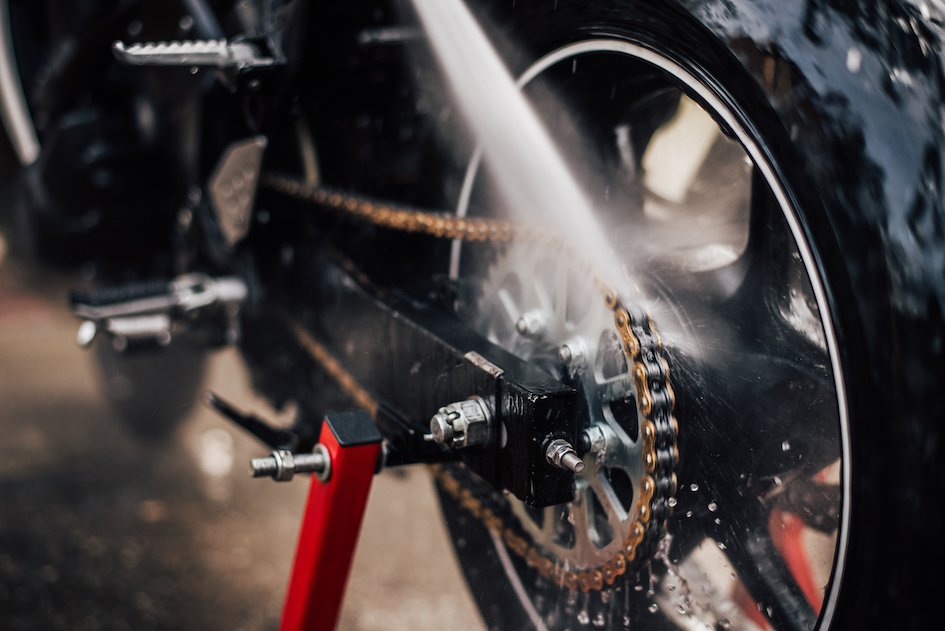 Pressure Washer for Motorbikes – A Beginner's Guide
